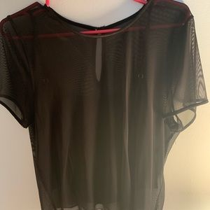 Mesh t-shirt with tank top